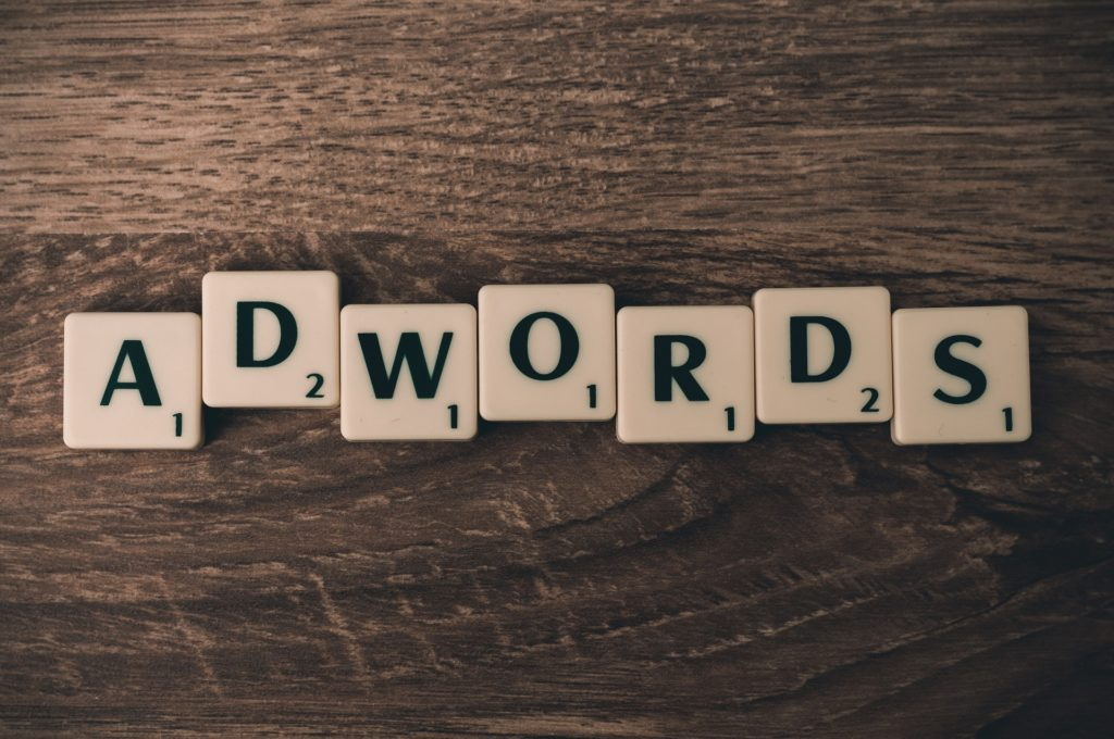 Come funziona e a cosa serve una campagna Adwords?
